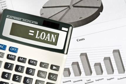 מחשבון עם הכיתוב הלוואה