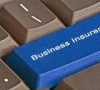 מקלדת שרשום עליה ביטוח לעסקים
