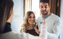זוג שזכה בדירה בהגרלות מחיר למשתכן