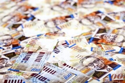 """שטרות כסף לסימון תמהיל משכנתא של 400,000 ש""""ח"""