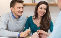 זוג צעיר שזכה בפרויקט מחיר למשתכן